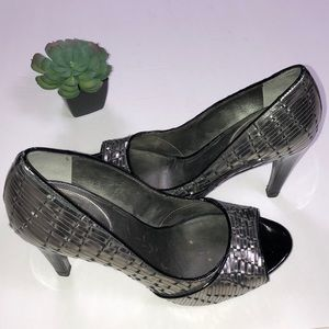 COLE HAAN NIKE AIR Pewter Leather Woven Pumps